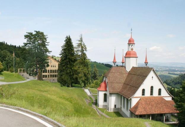 So soll mal das neue Gasthaus in Hergiswald mal in die Landschaft passen