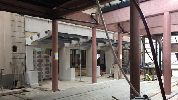 Blick in das Theater Casino in Zug, das gerade umgebaut wird.