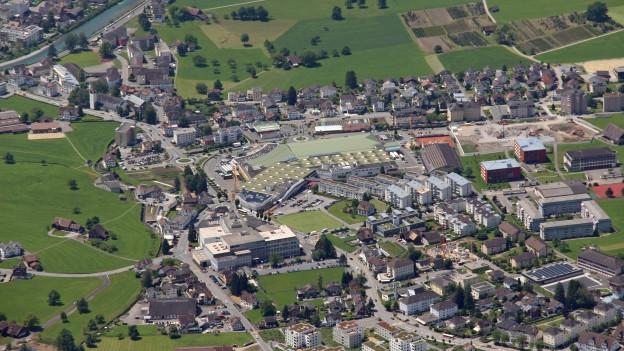 Neue Firmen bringen auch dem Kanton Schwyz mehr Arbeitsplätze.
