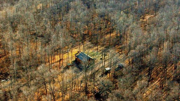 Im Kanton Zug wurde die Legalität von insgesamt 266 Waldhütten genauer angeschaut (Symbolbild).