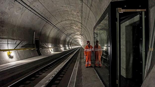 Tunnel mit Fenster.