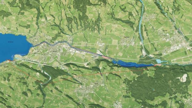 Der Entlastungsstollen (rot) ist das Herzstück des Hochwasserschutzes im Sarneraatal