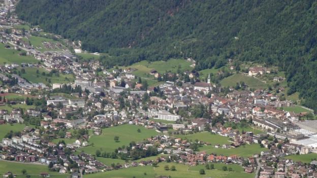 In Altdorf wurde eine Abteilungsleiterin des Berufs- und Weiterbiludngszentrums zu unrecht entlassen