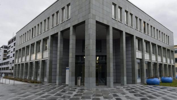 Zuger Kantonsgericht gibt den Regierungsräten Recht.