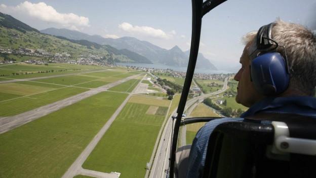 Damit die Sicherheitsanforderungen eines zivilen Flugplatzes erfüllt sind, muss in die Infrastruktur investiert werden.