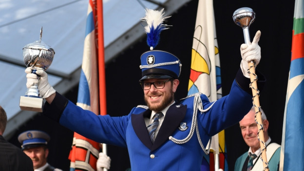 Ein Spieler der Brass Band Rickenbach freut sich über den Sieg am Luzerner Kantonalen Musiktag.