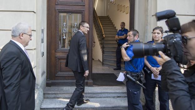 Kripochef Daniel Bussmann und Polizeikommandant Adi Achermann sagen heute erstmals vor Gericht aus.