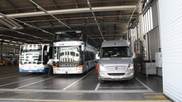 Künftig sollen hier im vbl-Depot unter der Woche auswärtige Reisecars parkieren dürfen.