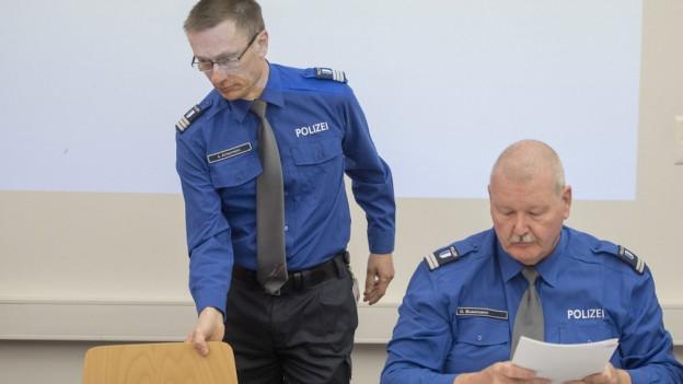 Die beiden Luzerner Polizei-Offiziere Adi Achermann und Daniel Bussmann.
