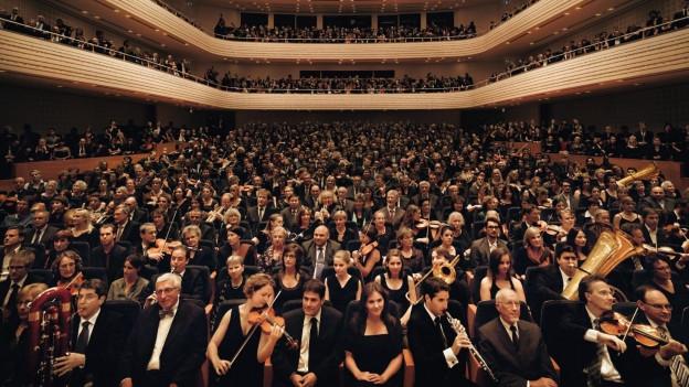 Orchester im Publikum