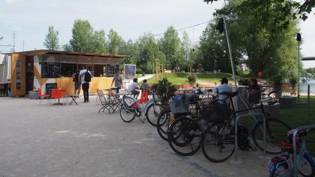 Die Sommerbar am Reusszopf gilt als vorbildliche Umsetzung einer Erholungsanlage