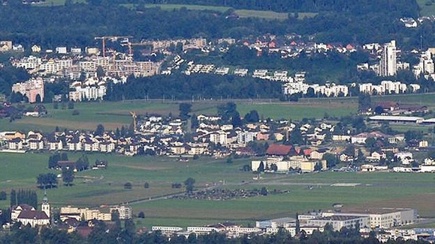 Ansicht der Gemeinde Emmen aus der Luft