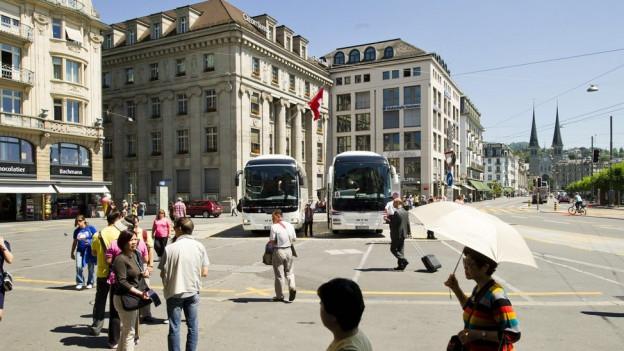 Am Schwanenplatz in Luzern.