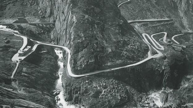 Die Schöllenenbahn fährt seit 100 Jahren durch die Schlucht