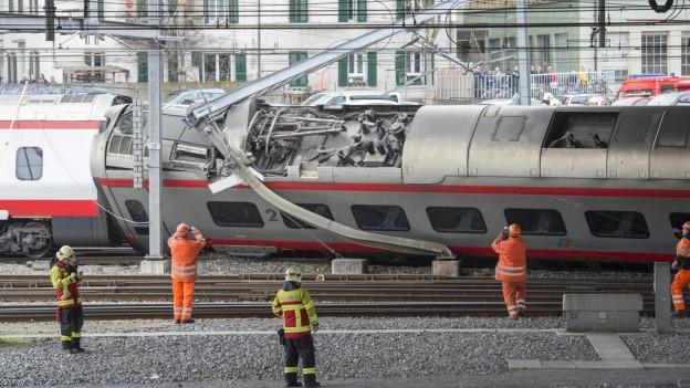 Eine Computersimulation soll Hinweise auf die Unfallursache geben.