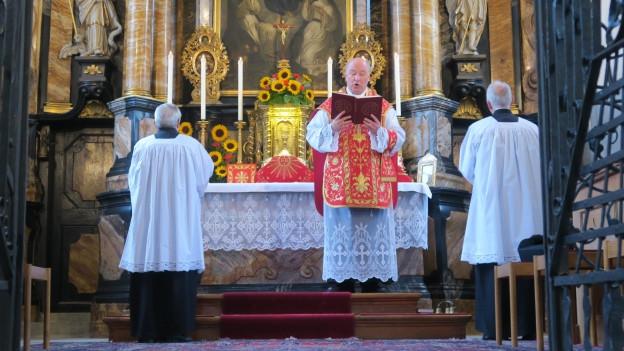 Hier wird noch «Pater Noster» statt «Vater Unser» gebetet.