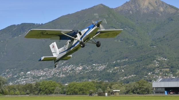 Ein PC-6 der Stanser Flugzeugwerke hebt ab.