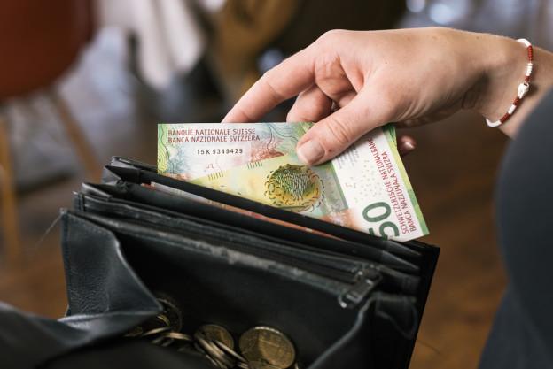 Vom eigenen Portemonnaie zurück an den Staat