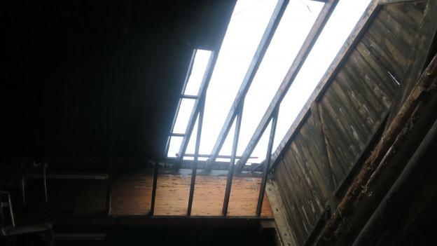 Viel Arbeit für die Dachdecker.
