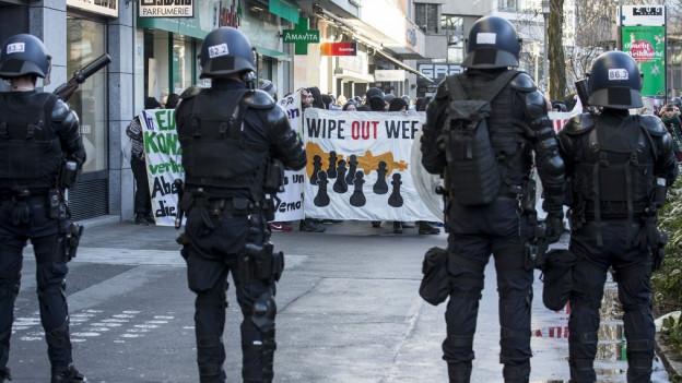 Keine zusätzlichen Zentralschweizer Polizisten am WEF.