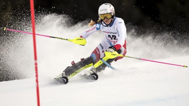 Topsportlerin Aline Danioth beim Slalom-Weltcup in der Lenzerheide, wo sie 19. wurde.