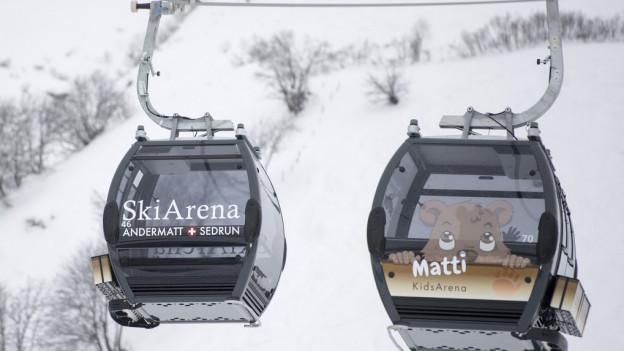 Neue Gondelbahn der Ski Arena Andermatt Sedrun.