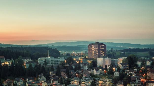 Kantonsspital Luzern im Sonnenuntergang