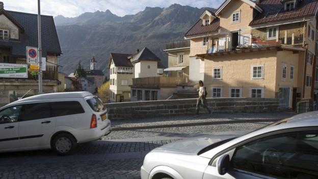 Autos in Andermatt