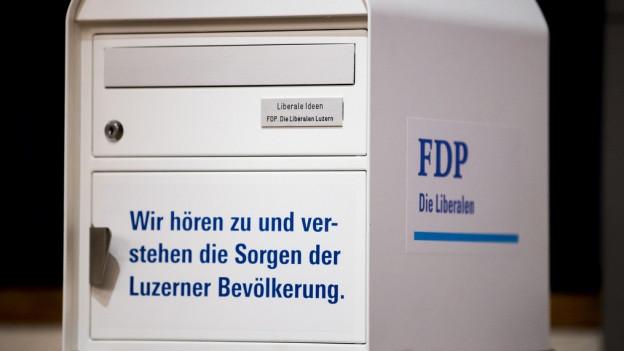 Briefkasten der FDP des Kantons Luzern.