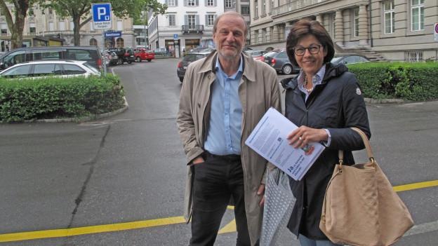Streitgespräch zwischen dem Stadtpräsidenten und Gegner Dolfi Müller und der Befürworterin Cornelia Stocker.