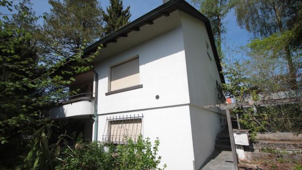 Die Stiftung ändert ihren Zweck um die Häuser verkaufen zu können.