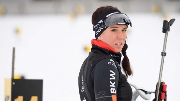 Die Engelbergerin Lena Häcki hofft auf 4 Jahre Unterstützung vom Militär.