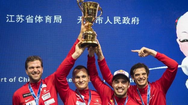 Das Schweizer Team der Degenfechter.