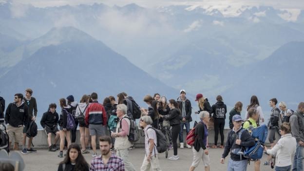 Touristen auf der Rigi