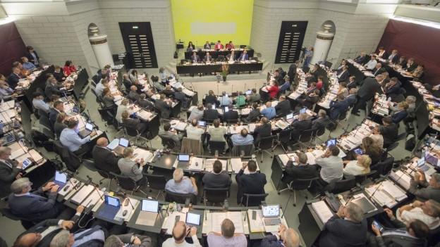 Das Kantonsparlament Luzern tagt im Saal im Regierungsgebäude.