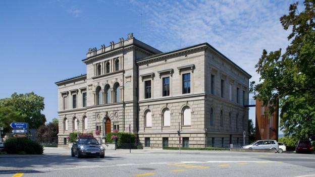 Der Zuger Regierungsrat hat sich umentschieden: Der Steuerfuss soll nicht erhöht werden.