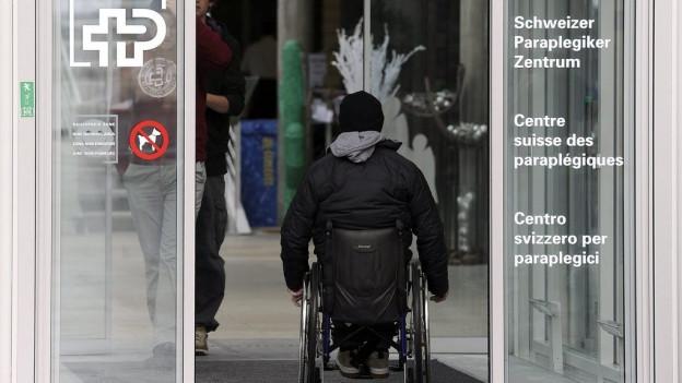 Eingang des Paraplegiker-Zentrums Nottwil.