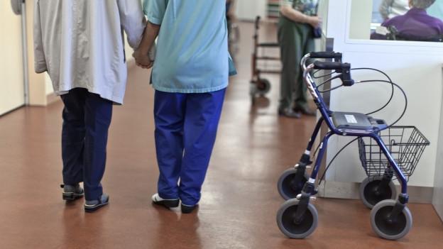 Langzeitpflege: Der Kanton Schwyz benötigt weniger neue Pflegebetten als erwartet.