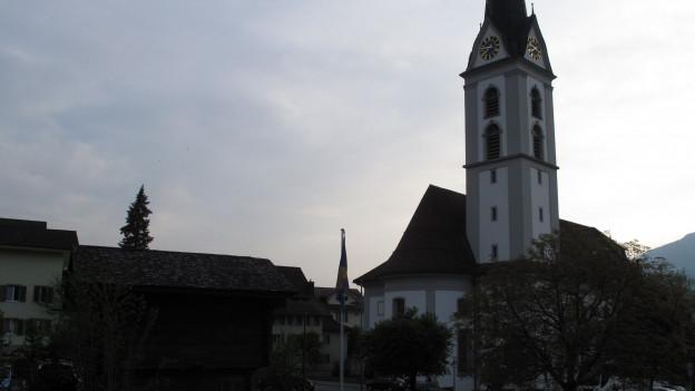Im Mai 2016 wählte die Kirchgemeindeversammlung den Pfarrer wieder ab.