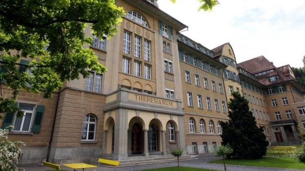 Das Theresianum Ingenbohl soll mit dem Kollegi Schwyz zusammengelegt werden.