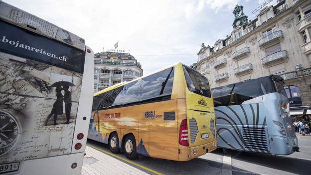 Ziel einer solchen Abgabe ist es, dass besonders in den Stosszeiten weniger Touristenbusse ins Stadtzentrum fahren.