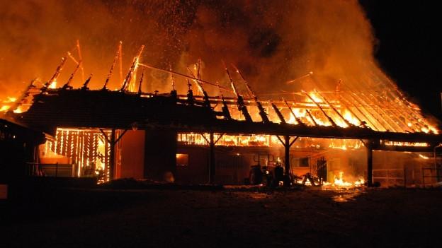 Die Scheune brannte vollständig ab