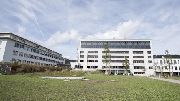 Blick auf das Spital Einsiedeln