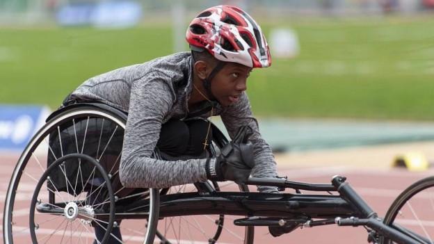 Ein Jugendlicher an der Para-Athletics-WM Nottwil.