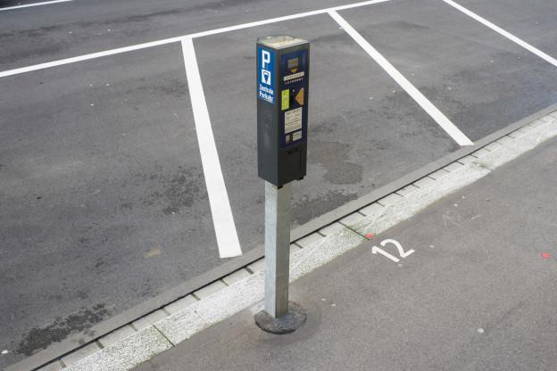 Die Gebühren für Kantonsparkplätze kommen erst später.