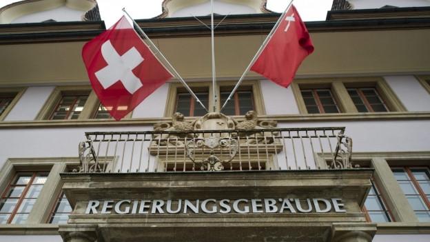 Eingang zum Schwyzer Regierungsgebäude