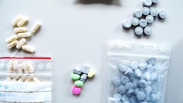 Einige der von der Polizei konfiszierten Drogen.
