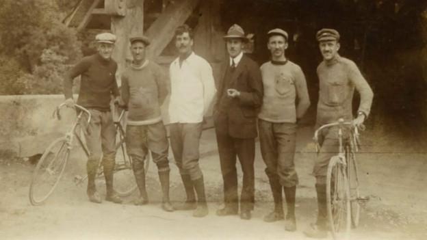 Die Veloclub-Mitglieder bei der Gründung im Jahr 1919.