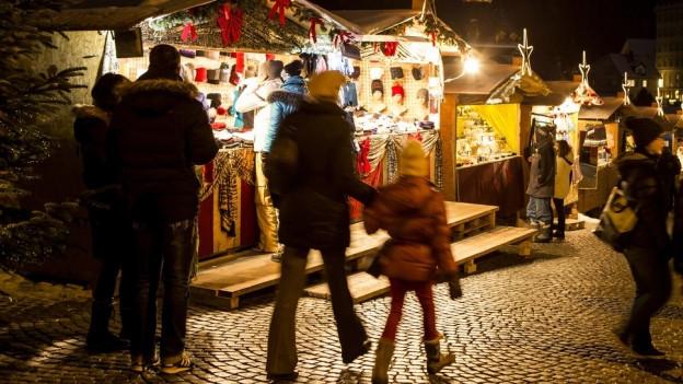 Licher, Glühwein, weihnachtliche Stimmung: Weihnachtsmärkte sind beliebt.