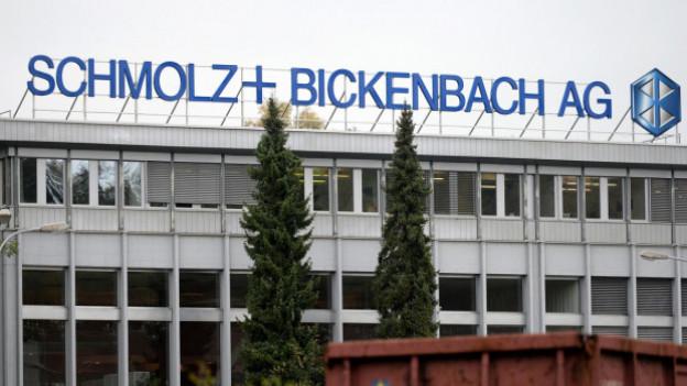 Der Luzerner Wirtschaftsdirektor Fabian Peter hat sich am Dienstag im Kantonsrat erfreut über die beim Stahlkonzern Schmolz+Bickenbach (S+B) erzielte Einigung für die Kapitalerhöhung gezeigt.